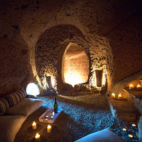 שינוי יעוד קרקע לאטרקציות תיירותיות במתחם המערות